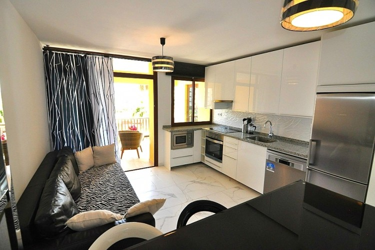 2 Bed  Flat / Apartment for Sale, Las Americas (Adeje), Tenerife - NP-02377 7