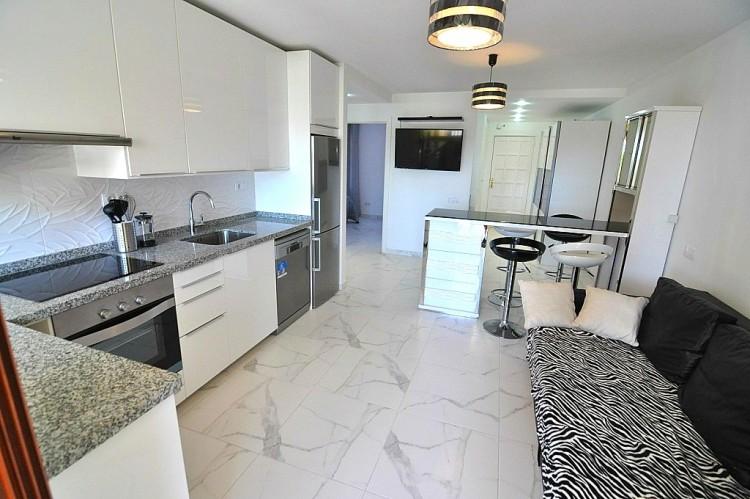 2 Bed  Flat / Apartment for Sale, Las Americas (Adeje), Tenerife - NP-02377 8