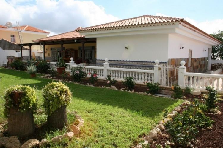 3 Bed  Villa/House for Sale, La Florida, Tenerife - NP-02800 2