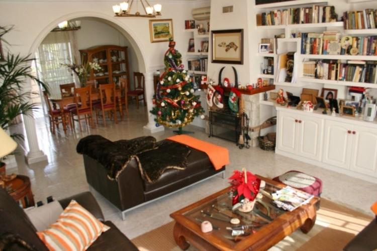 3 Bed  Villa/House for Sale, La Florida, Tenerife - NP-02800 9