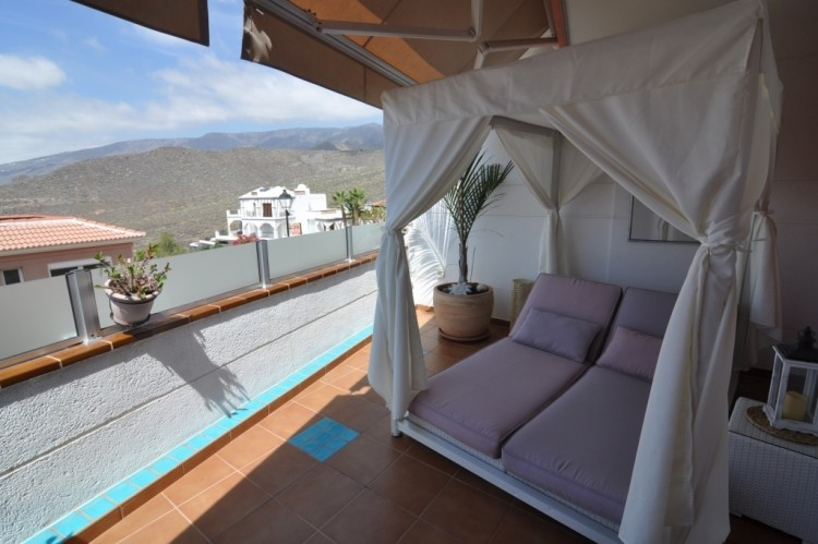 2 Bed  Flat / Apartment for Sale, Costa Adeje (Torviscas Alto), Tenerife - NP-02829 3