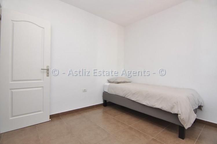 3 Bed  Flat / Apartment for Sale, Callao Salvaje, Adeje, Tenerife - AZ-1391 10