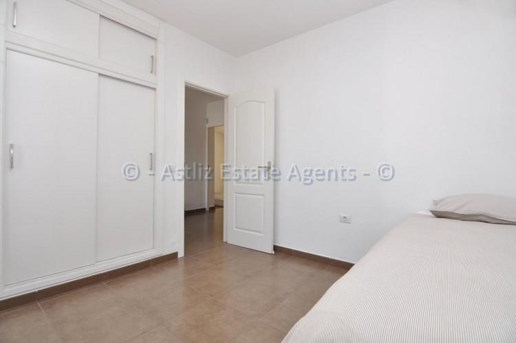 3 Bed  Flat / Apartment for Sale, Callao Salvaje, Adeje, Tenerife - AZ-1391 11