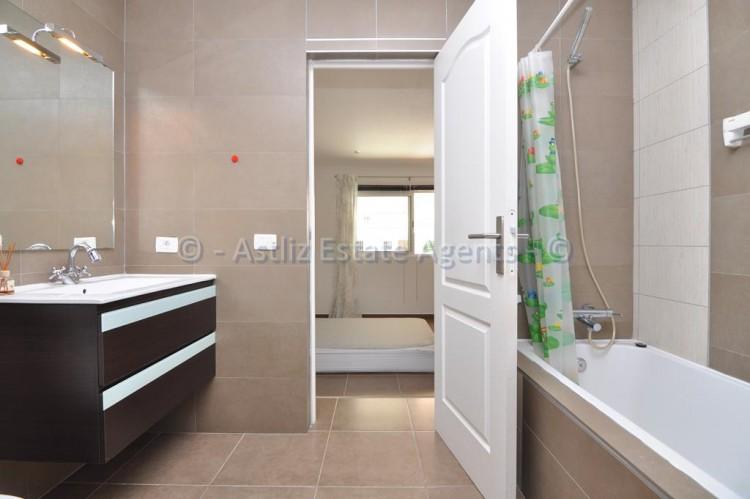 3 Bed  Flat / Apartment for Sale, Callao Salvaje, Adeje, Tenerife - AZ-1391 3