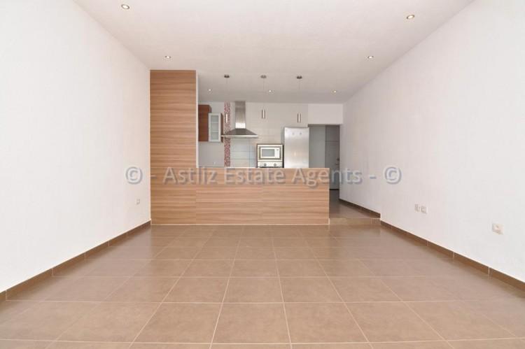 3 Bed  Flat / Apartment for Sale, Callao Salvaje, Adeje, Tenerife - AZ-1391 4