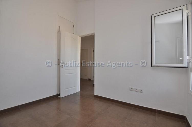 3 Bed  Flat / Apartment for Sale, Callao Salvaje, Adeje, Tenerife - AZ-1391 8