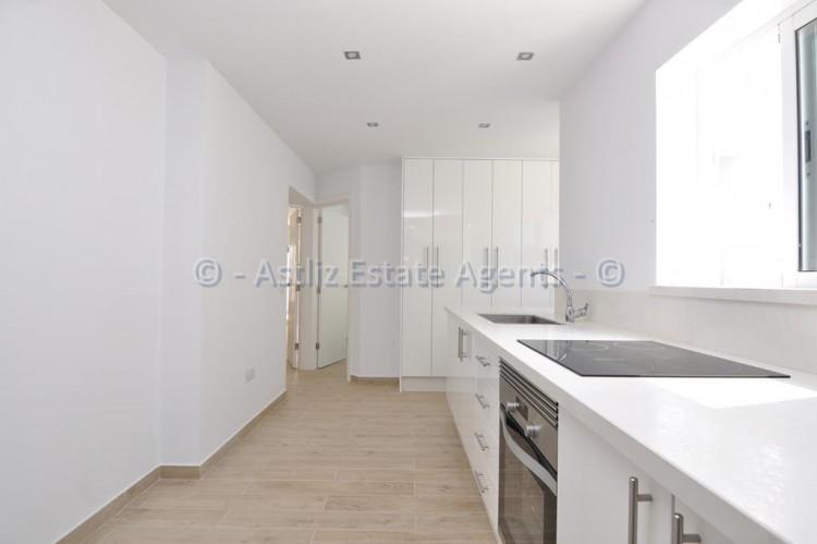 3 Bed  Flat / Apartment for Sale, Los Gigantes, Santiago Del Teide, Tenerife - AZ-1392 11