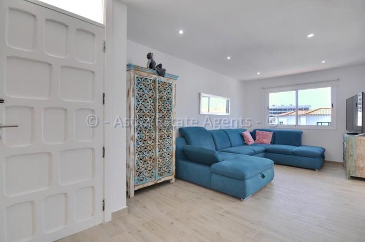 3 Bed  Flat / Apartment for Sale, Los Gigantes, Santiago Del Teide, Tenerife - AZ-1392 12