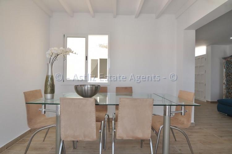 3 Bed  Flat / Apartment for Sale, Los Gigantes, Santiago Del Teide, Tenerife - AZ-1392 13