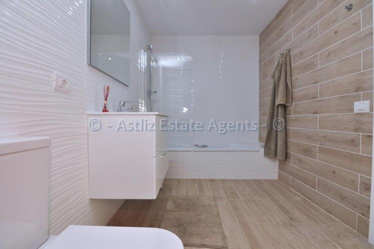 3 Bed  Flat / Apartment for Sale, Los Gigantes, Santiago Del Teide, Tenerife - AZ-1392 16