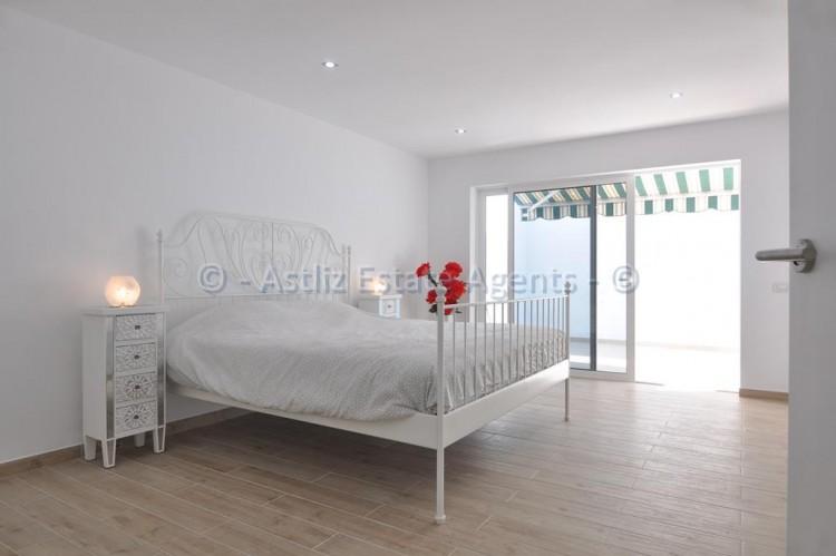 3 Bed  Flat / Apartment for Sale, Los Gigantes, Santiago Del Teide, Tenerife - AZ-1392 3