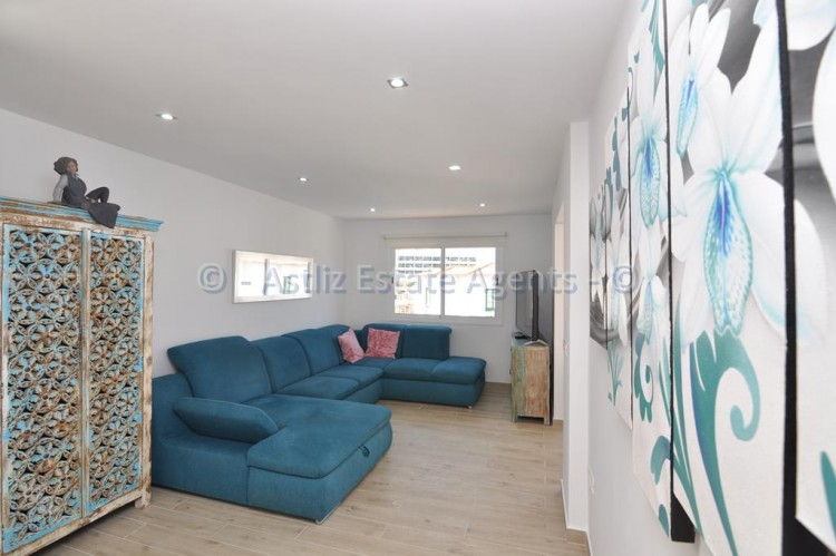 3 Bed  Flat / Apartment for Sale, Los Gigantes, Santiago Del Teide, Tenerife - AZ-1392 4