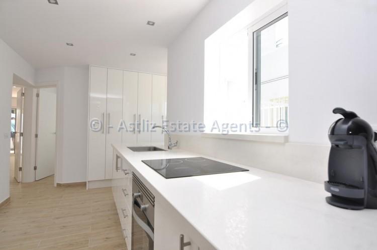 3 Bed  Flat / Apartment for Sale, Los Gigantes, Santiago Del Teide, Tenerife - AZ-1392 6