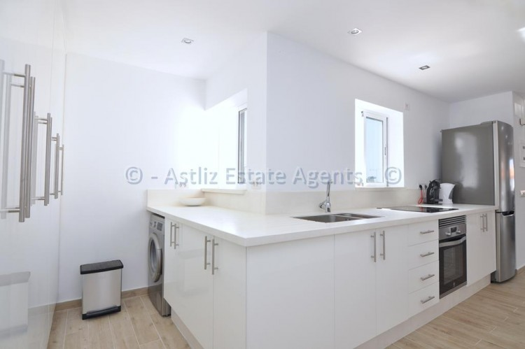 3 Bed  Flat / Apartment for Sale, Los Gigantes, Santiago Del Teide, Tenerife - AZ-1392 9