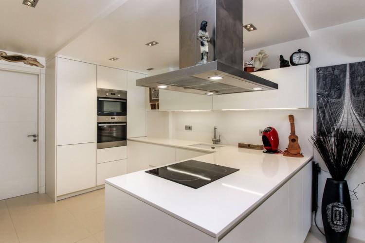 2 Bed  Flat / Apartment for Sale, Mogan, LAS PALMAS, Gran Canaria - CI-4313-2934 8