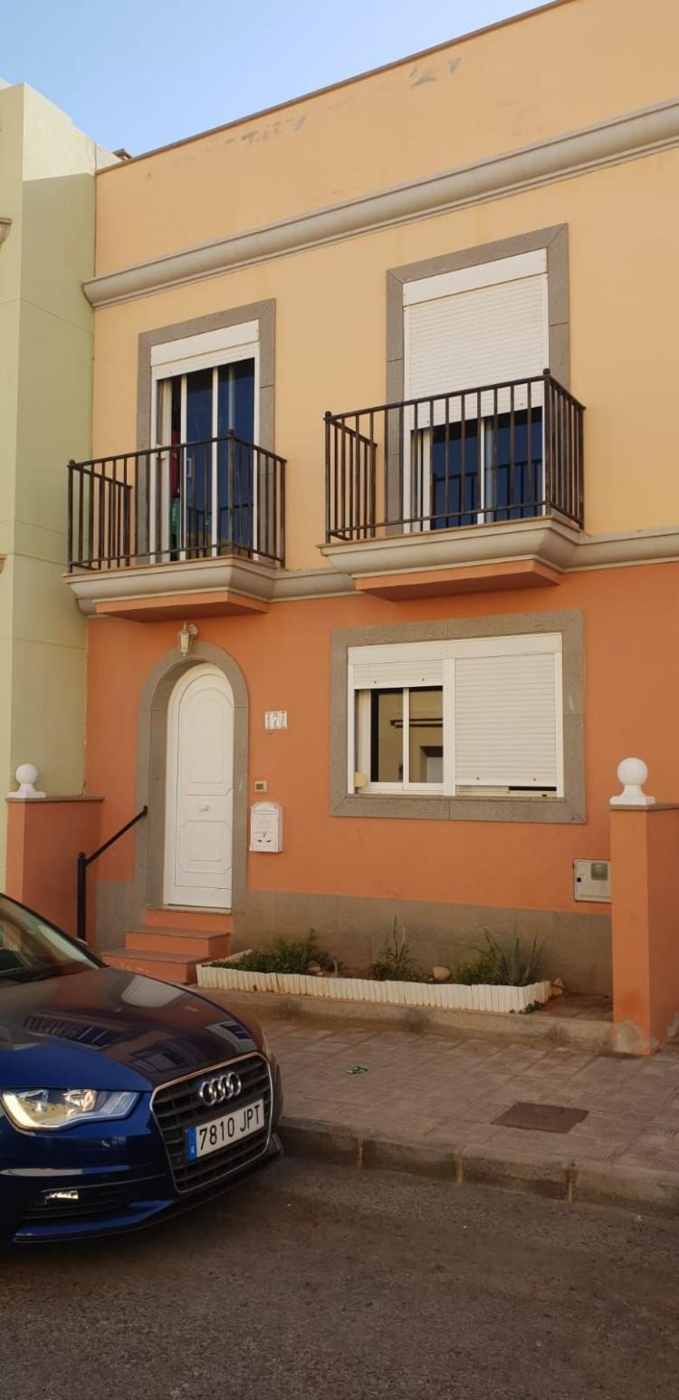 2 Bed  Villa/House for Sale, Puerto del Rosario, Las Palmas, Fuerteventura - DH-VUCADP2GA-109 2