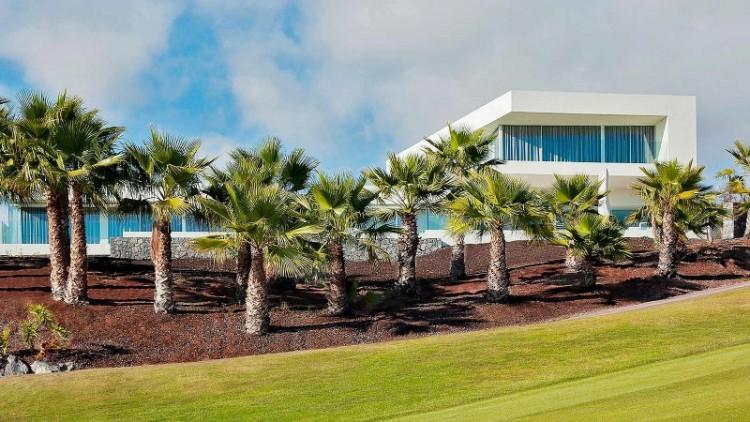 3 Bed  Land for Sale, Guia de Isora, Santa Cruz de Tenerife, Tenerife - YL-PW134 2
