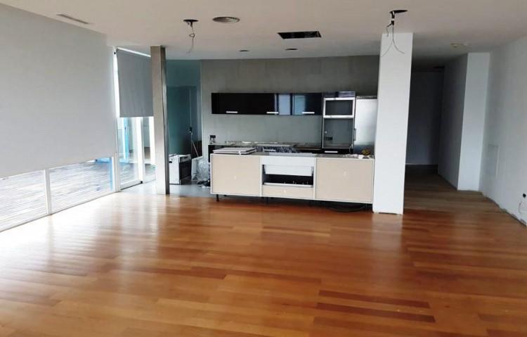 2 Bed  Flat / Apartment for Sale, Arrecife, Lanzarote - LA-LA915s 3