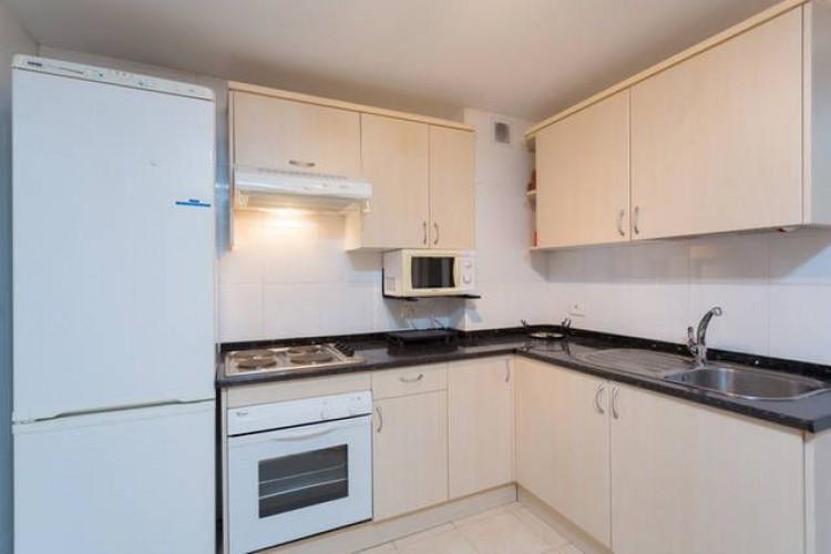 3 Bed  Flat / Apartment for Sale, Adeje, Santa Cruz de Tenerife, Tenerife - DH-VPTADJEV3H_10-19 5