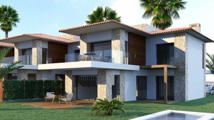 4 Bed  Villa/House for Sale, Santa Cruz de Tenerife, Tenerife - YL-PW141 1