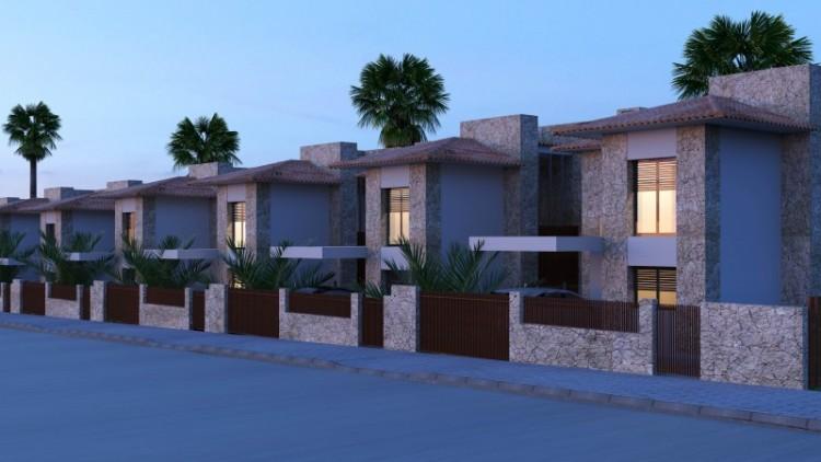4 Bed  Villa/House for Sale, Santa Cruz de Tenerife, Tenerife - YL-PW141 3