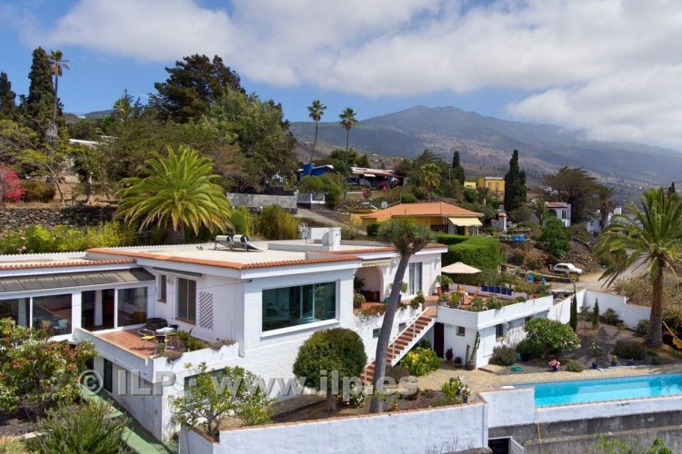 6 Bed  Villa/House for Sale, Vista Valle, El Paso, La Palma - LP-E630 2