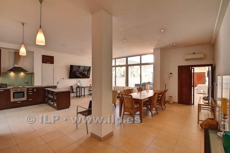 3 Bed  Villa/House for Sale, In the historic center, Los Llanos, La Palma - LP-L550 15