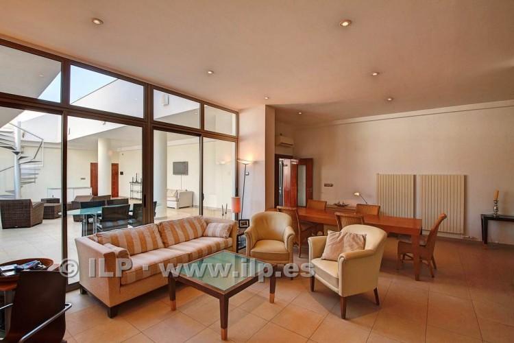 3 Bed  Villa/House for Sale, In the historic center, Los Llanos, La Palma - LP-L550 17
