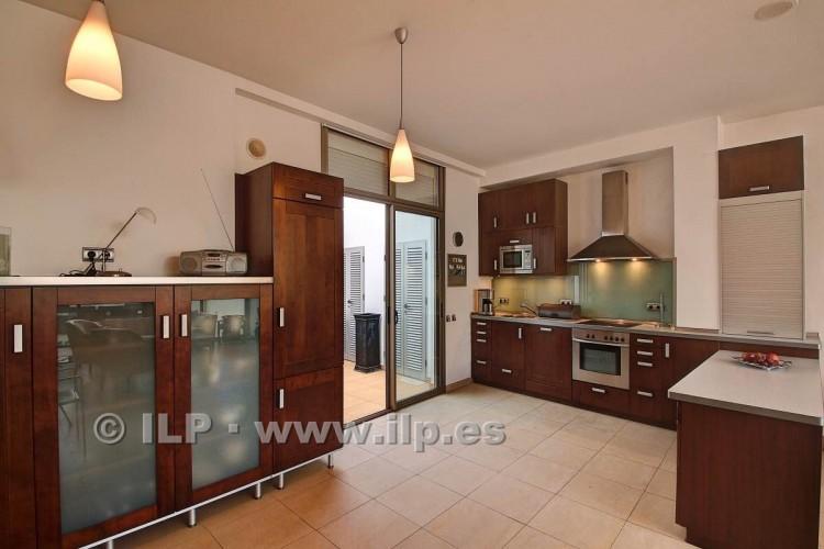 3 Bed  Villa/House for Sale, In the historic center, Los Llanos, La Palma - LP-L550 19