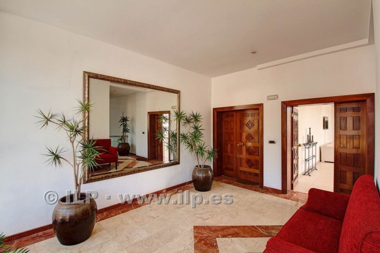 3 Bed  Villa/House for Sale, In the historic center, Los Llanos, La Palma - LP-L550 4