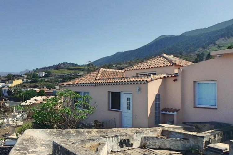 3 Bed  Villa/House for Sale, Jedey, El Paso, La Palma - LP-E631 1