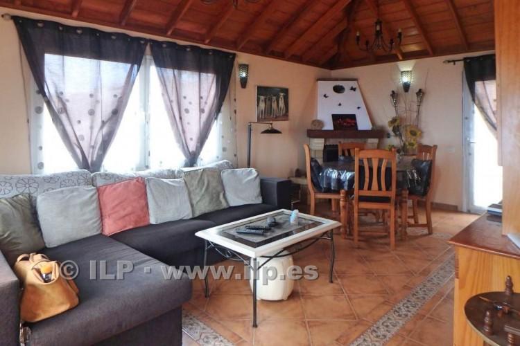 3 Bed  Villa/House for Sale, Jedey, El Paso, La Palma - LP-E631 11