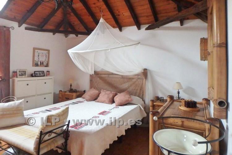3 Bed  Villa/House for Sale, Jedey, El Paso, La Palma - LP-E631 19
