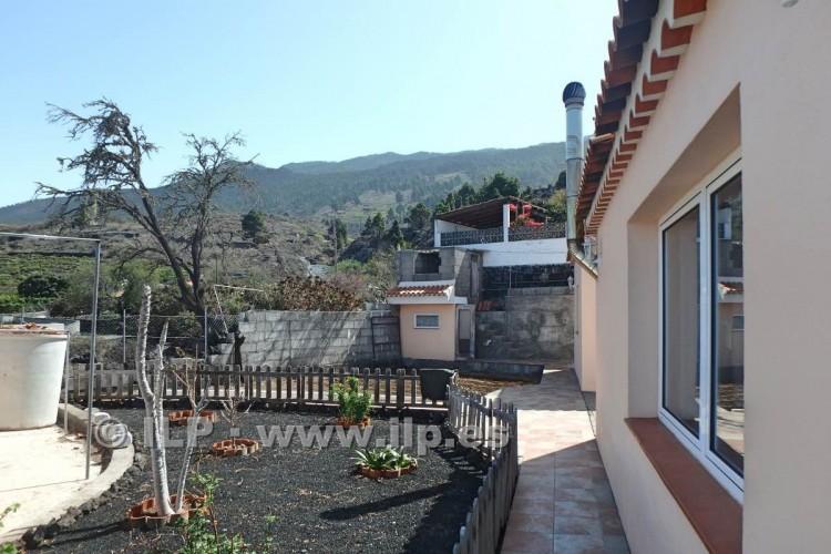 3 Bed  Villa/House for Sale, Jedey, El Paso, La Palma - LP-E631 6