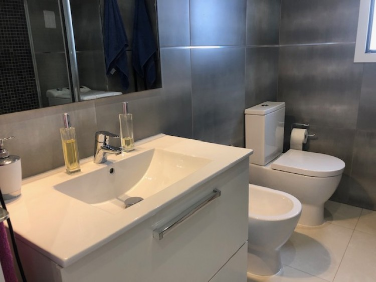 2 Bed  Flat / Apartment for Sale, Playa de Las Americas, Arona, Tenerife - MP-AP0790-2 11