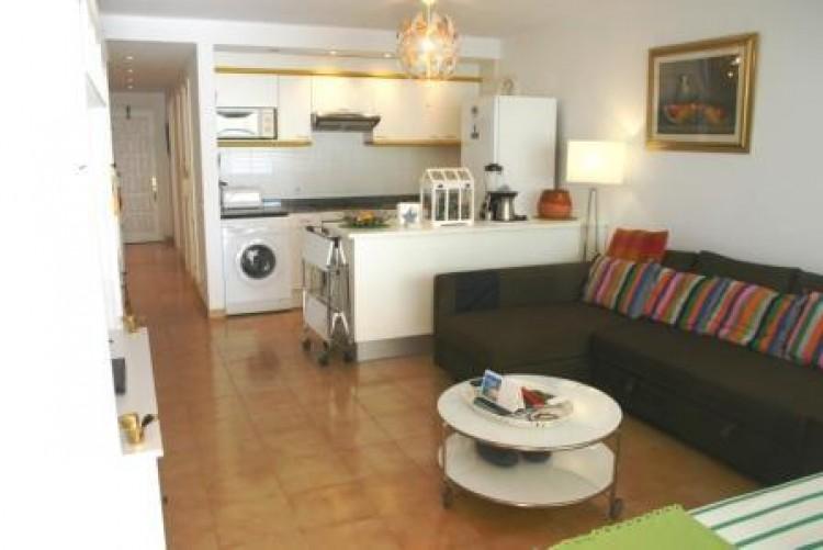 1 Bed  Flat / Apartment for Sale, Costa Teguise, Lanzarote - LA-LA920 3