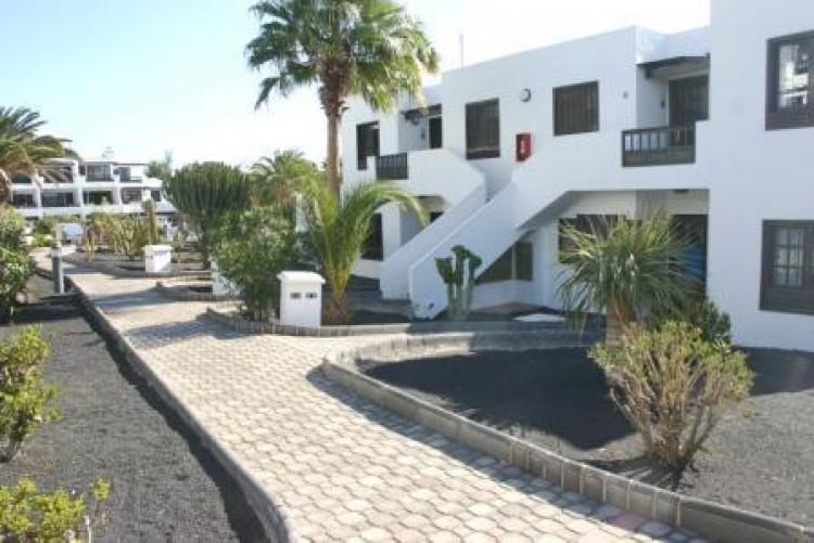 1 Bed  Flat / Apartment for Sale, Costa Teguise, Lanzarote - LA-LA920 9