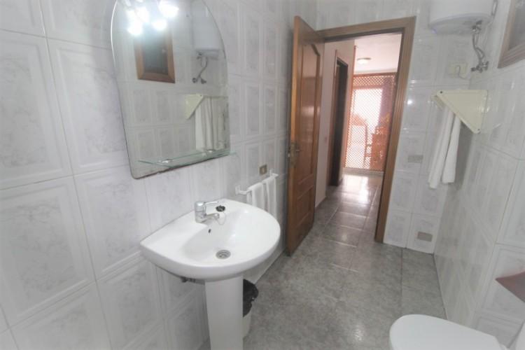 1 Bed  Flat / Apartment for Sale, Arona ,Playa de las Americas, Santa Cruz de Tenerife, Tenerife - SB-SB-250 5