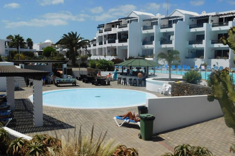 1 Bed  Flat / Apartment for Sale, Costa Teguise, Lanzarote - LA-LA921 1
