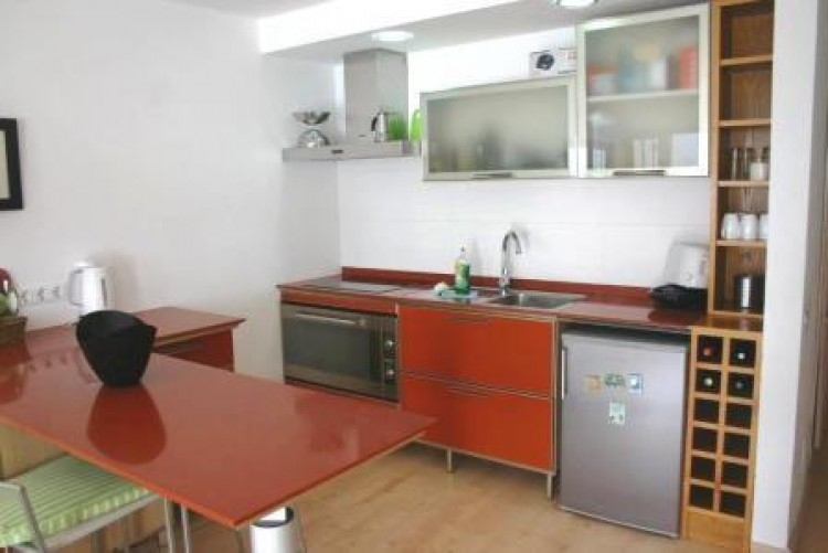 1 Bed  Flat / Apartment for Sale, Costa Teguise, Lanzarote - LA-LA921 5