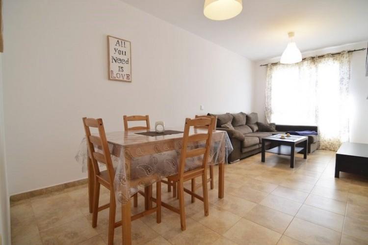 2 Bed  Flat / Apartment for Sale, Puerto del Rosario, Las Palmas, Fuerteventura - DH-XVTPTPISPUE2b-69 3