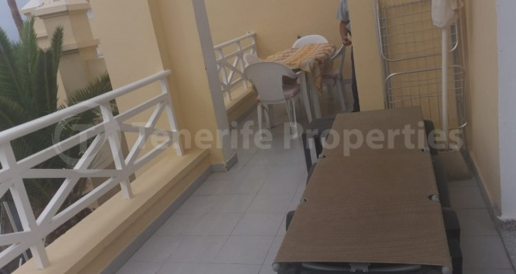 2 Bed  Flat / Apartment for Sale, Playa Fañabe, Tenerife - TP-15195 11