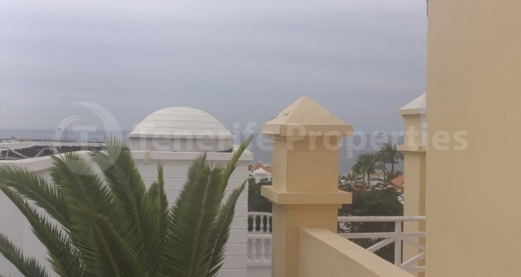 2 Bed  Flat / Apartment for Sale, Playa Fañabe, Tenerife - TP-15195 7