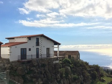2 Bed  Villa/House for Sale, Vera de Erques, Tenerife - NP-02047