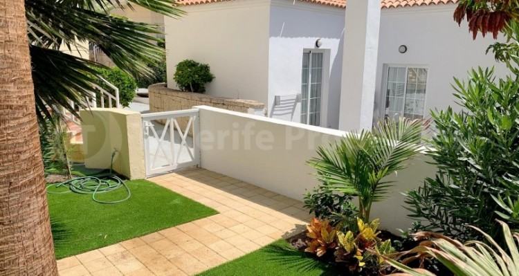 2 Bed  Flat / Apartment for Sale, Playa Fañabe, Tenerife - TP-15321 10