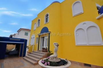6 Bed  Villa/House for Sale, Playa De La Arena, Santiago Del Teide, Tenerife - AZ-1402