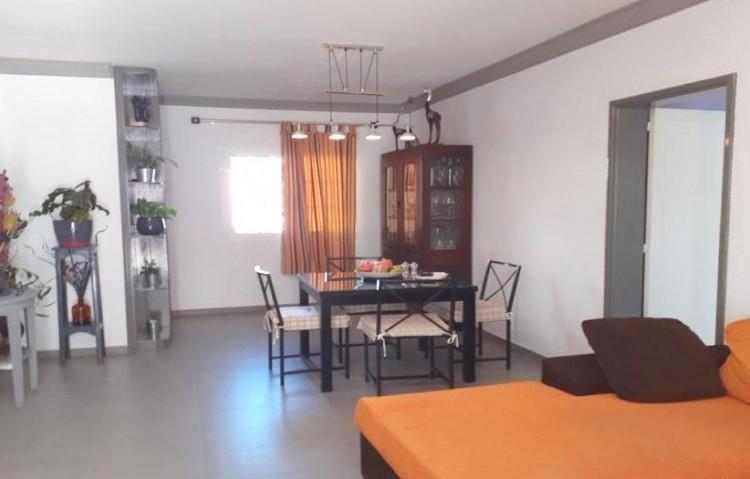 2 Bed  Flat / Apartment for Sale, Puerto Del Carmen, Lanzarote - LA-LA924s 5