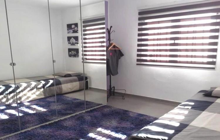 2 Bed  Flat / Apartment for Sale, Puerto Del Carmen, Lanzarote - LA-LA924s 8
