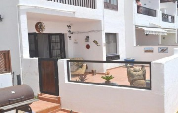 2 Bed  Flat / Apartment for Sale, Puerto Del Carmen, Lanzarote - LA-LA925s