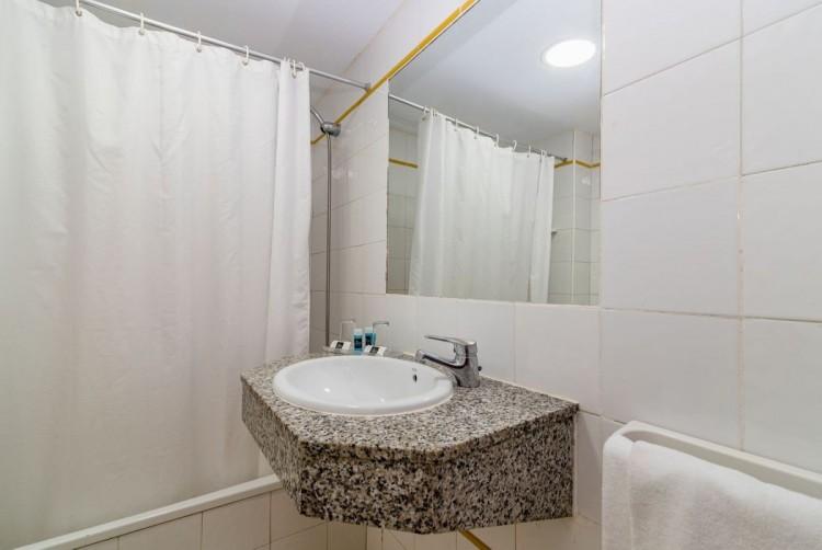 1 Bed  Flat / Apartment for Sale, San Bartolome de Tirajana, LAS PALMAS, Gran Canaria - BH-9215-ARA-2912 8